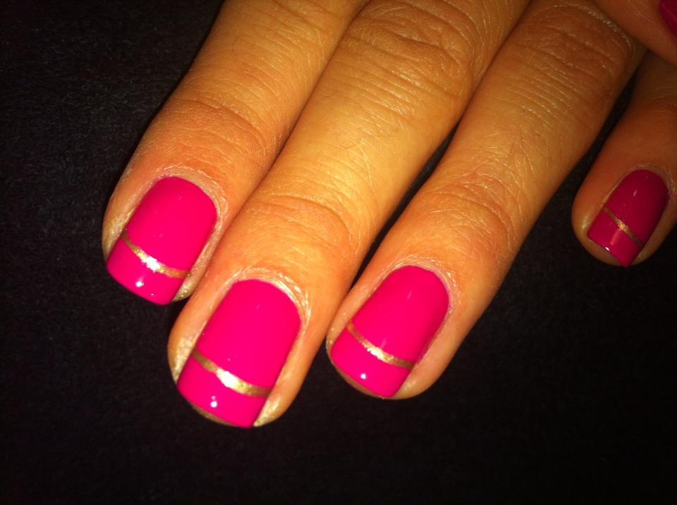 pink-gold-stripe by nail-salon-carmel.com